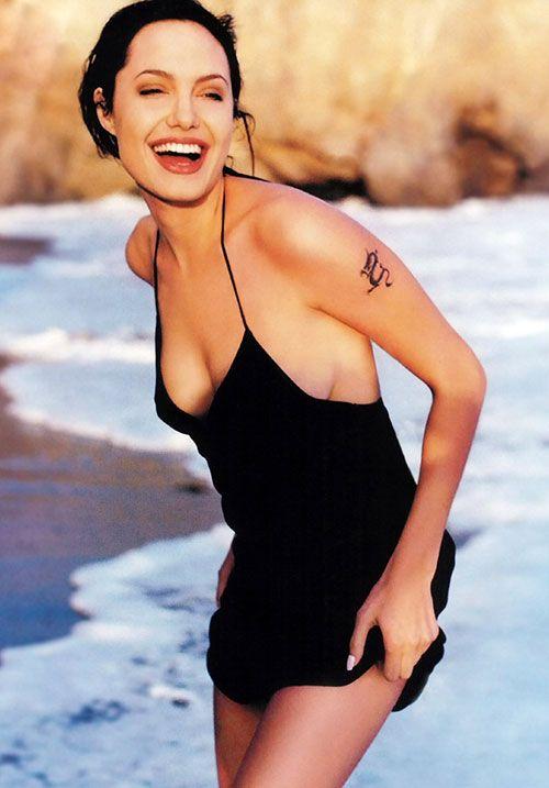Angelina-Jolie-Photoshoot-4