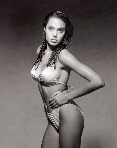 Angelina-Jolie-Sexy