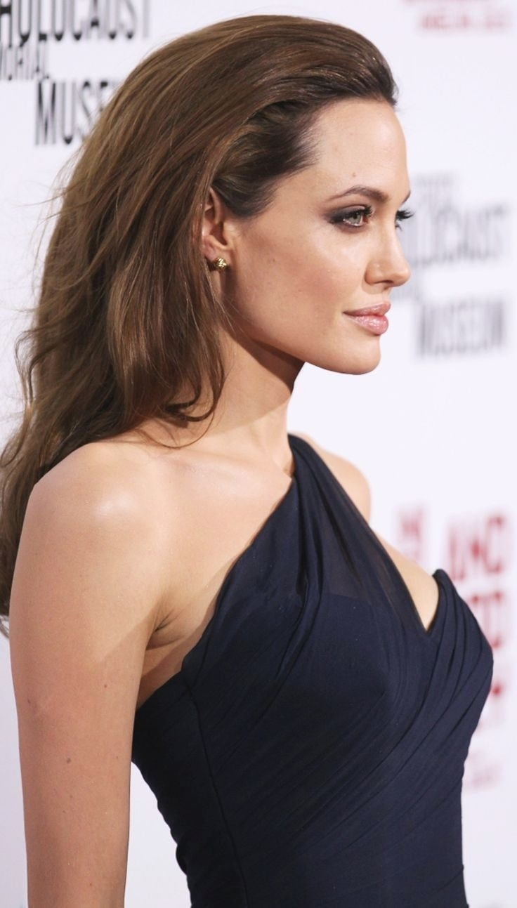 Angelina-Jolie-on-Awards