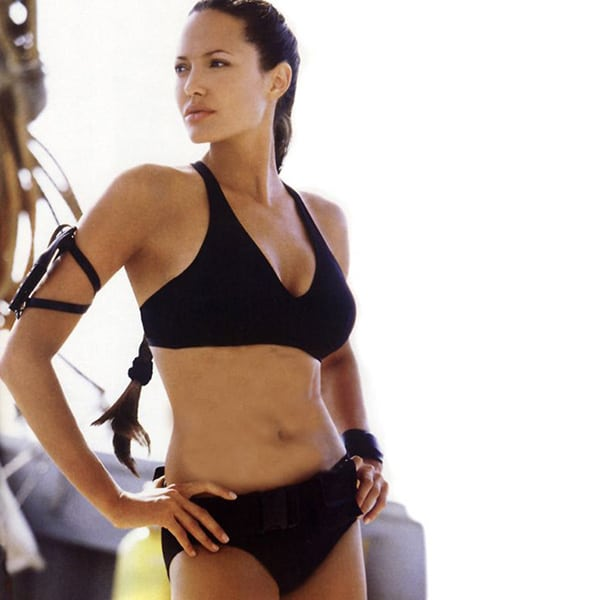 Angelina-Jolie-on-Black-Bikini
