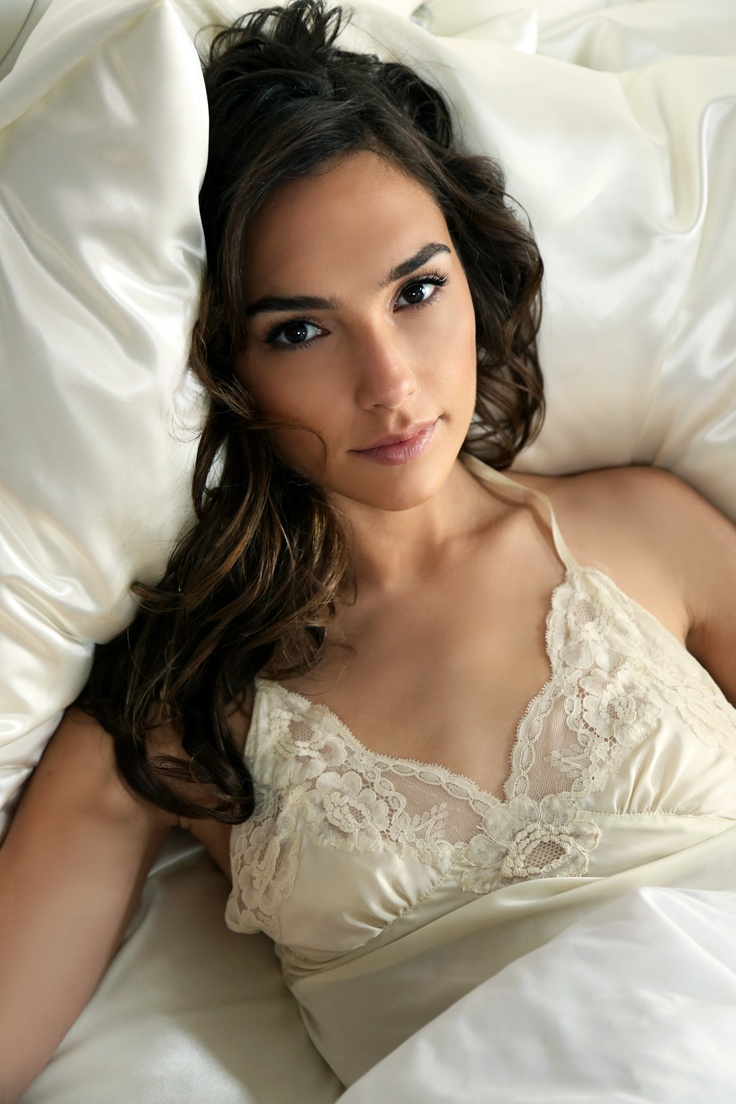 Gal-Gadot-HOt-photos