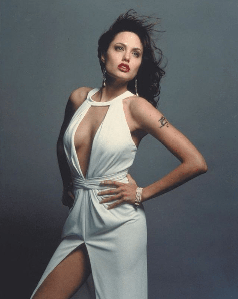 angelina-jolie-hot-pictures