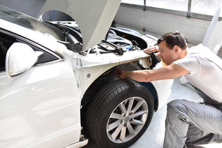 Why Opt For Collision Repair After A Car Accident?