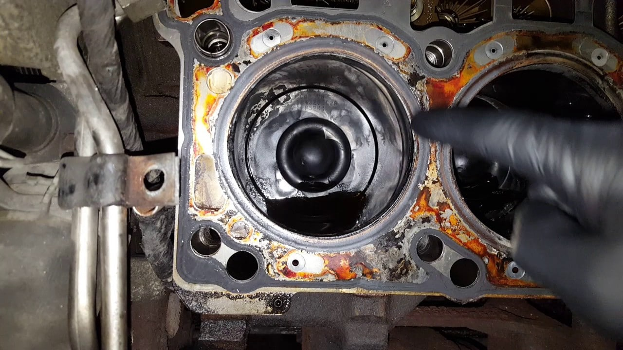 6.0 Powerstroke Head Gasket Issues