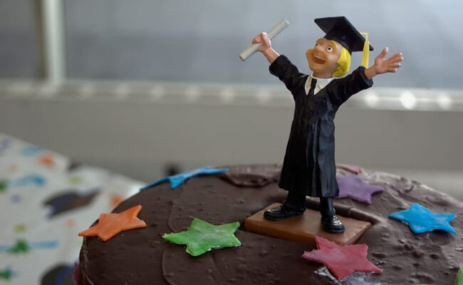 Fintech Can Help Manage Student Loans